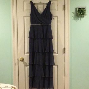 NWT Beautiful gray SLNY ruffle long gown